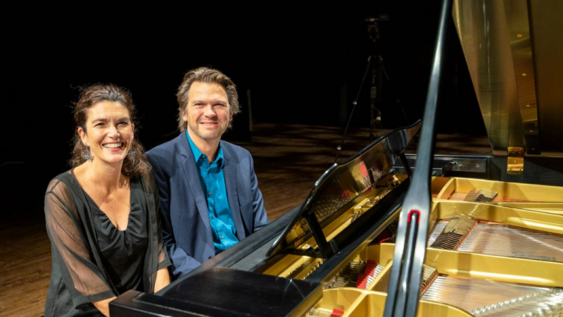 The Bergmann Duo on one piano bench